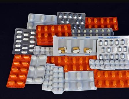 taking pills correctly